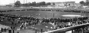 """1916. Go-Ahead - Willem II aan de """"Ossenweerd"""" te Deventer."""